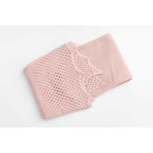 Păturică roz din tricot